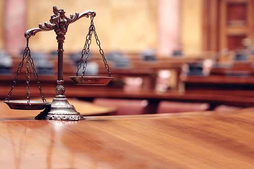 picture of balance scale What to Expect in a Personal Injury Deposition